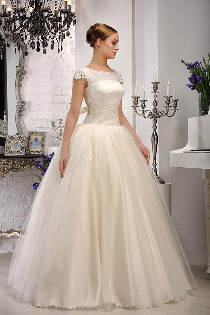Стилистическое свадебное платье